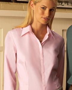 Van Heusen 13V0114  Women's Solid Silky Poplin