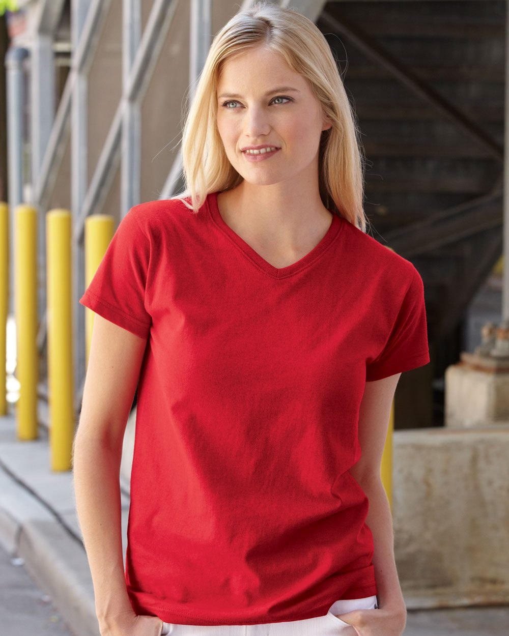 Fruit of the Loom L39VR - Ladies' Heavy Cotton HD V-...