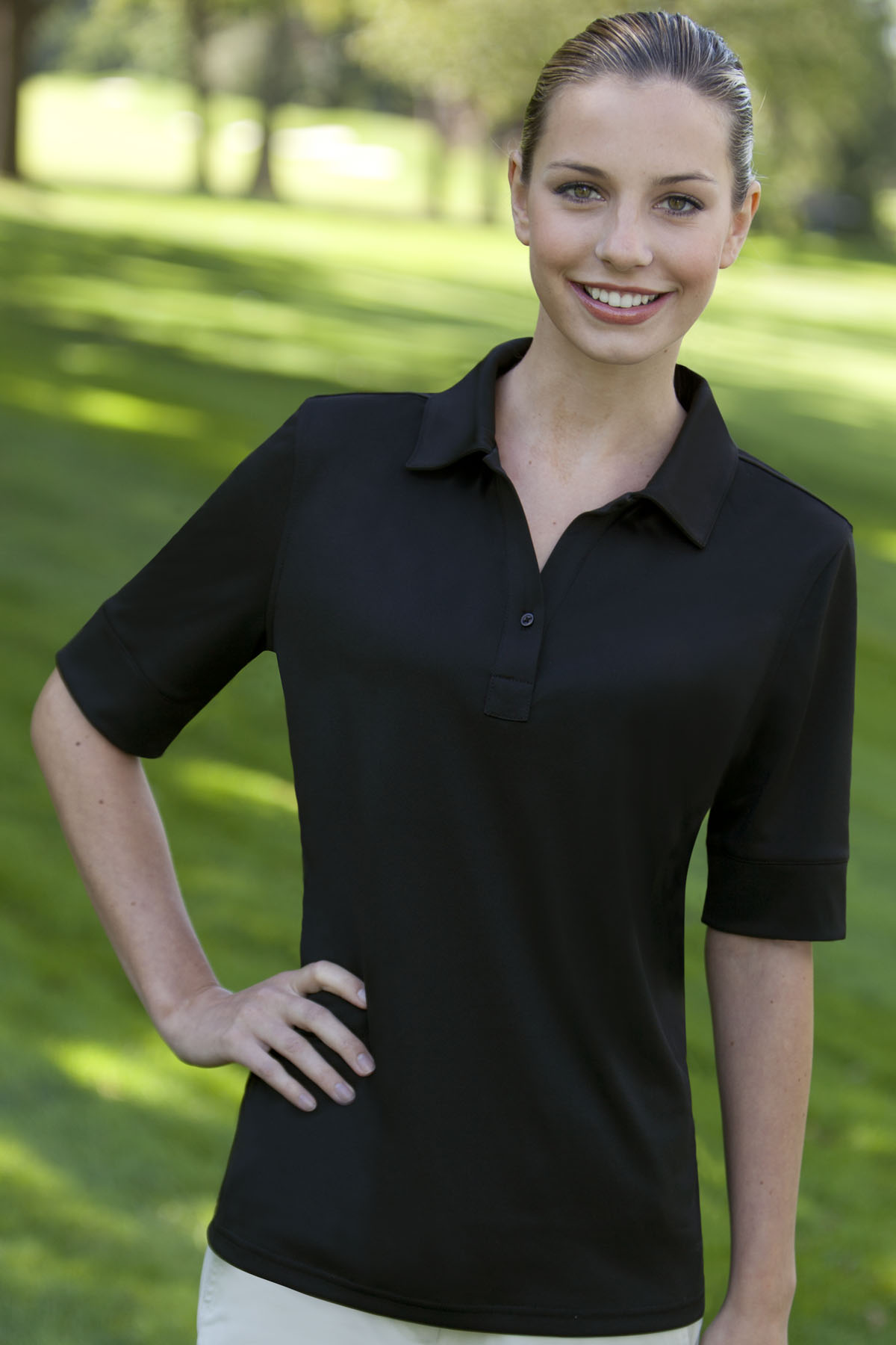 Izod IZOD0117 - Women's Solid Jersey Polo