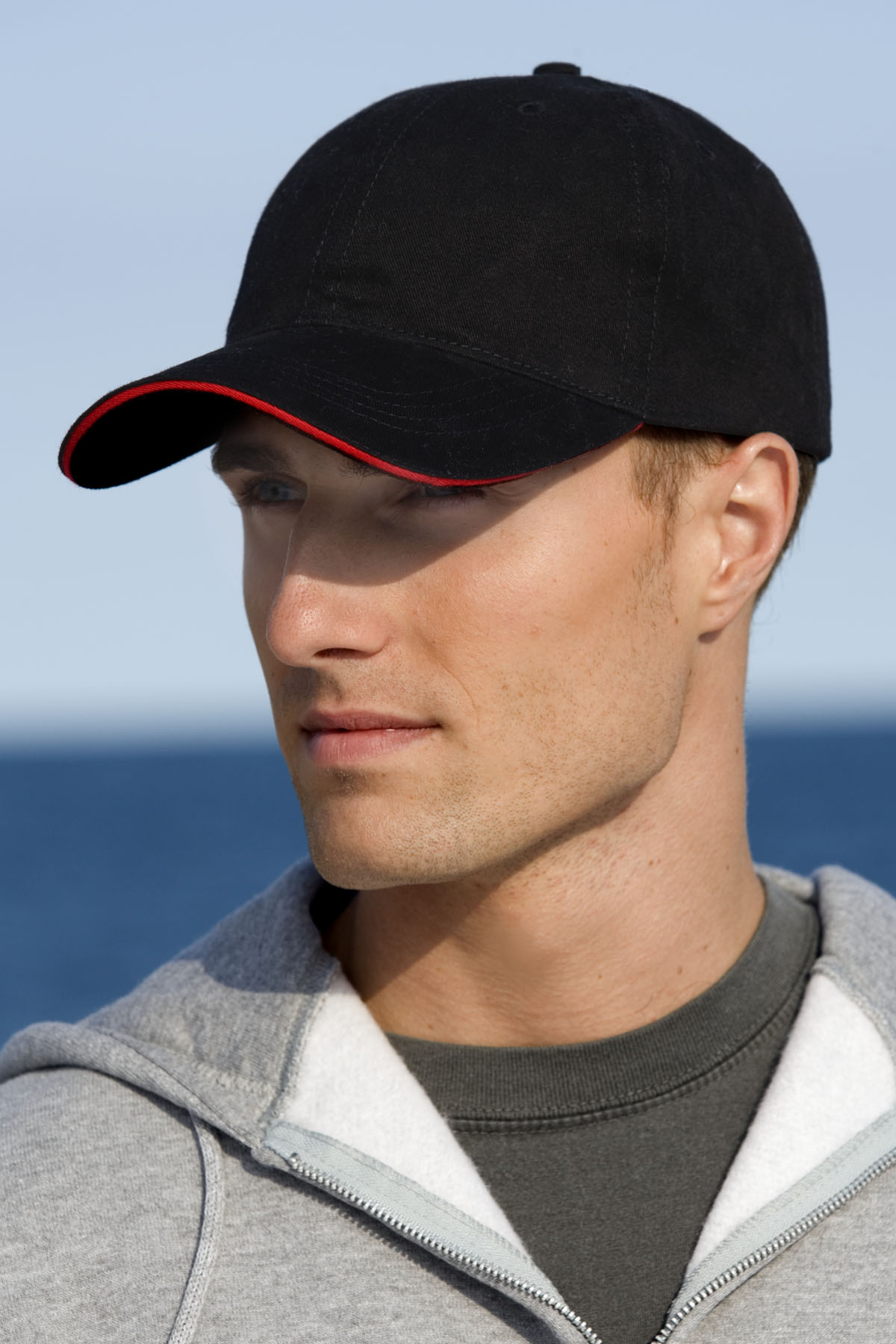 Vantage 0160 - Solid Brushed Twill Cap w Sandwich Visor