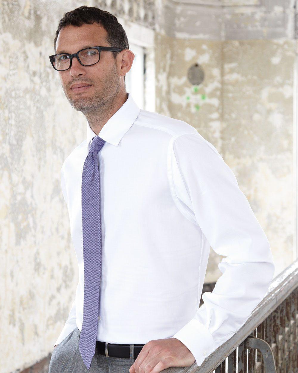 Calvin Klein 13CK029 - Non-Iron Dobby Pindot Shirt