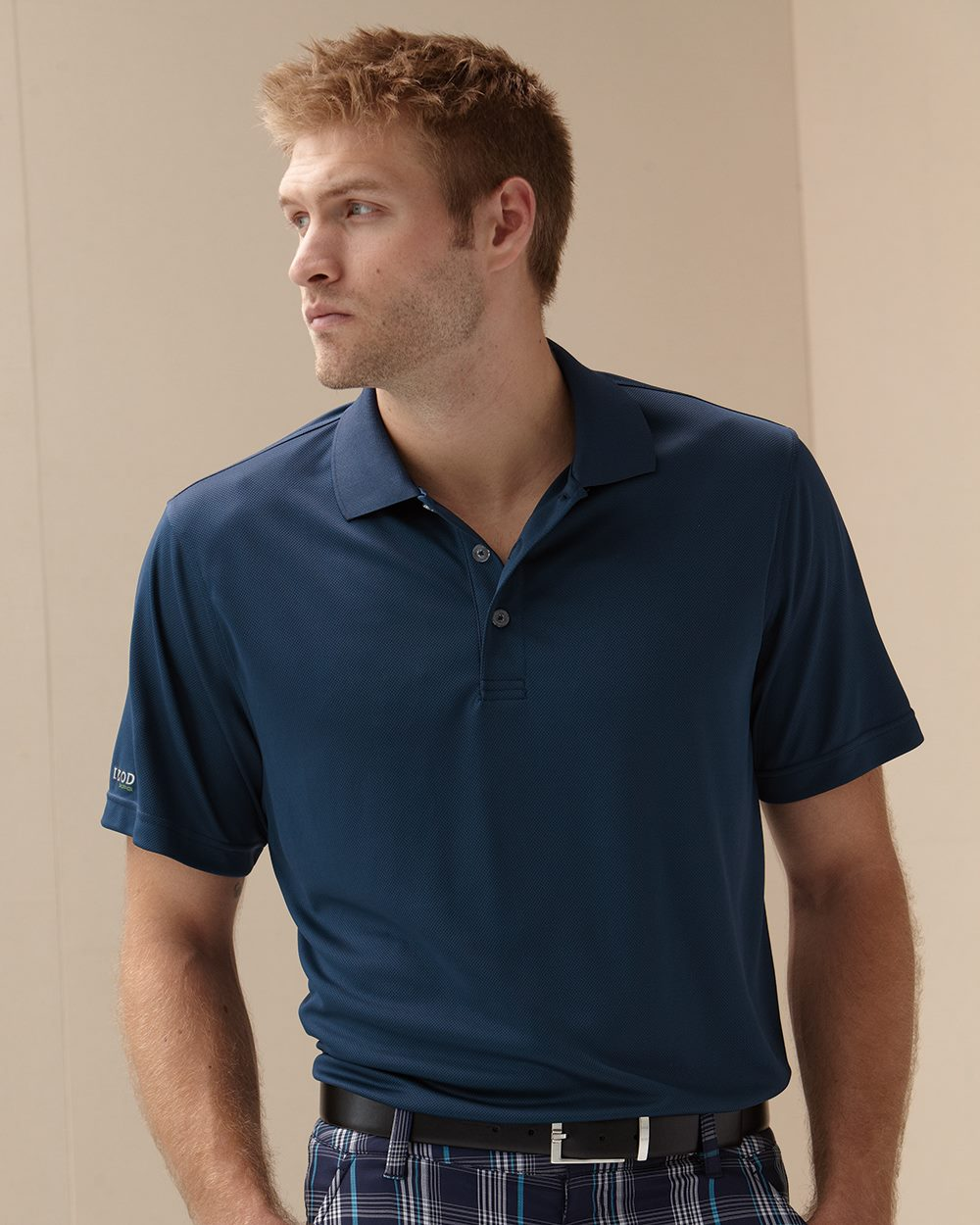 IZOD 13Z0103-Dobby Performance Sport Shirt