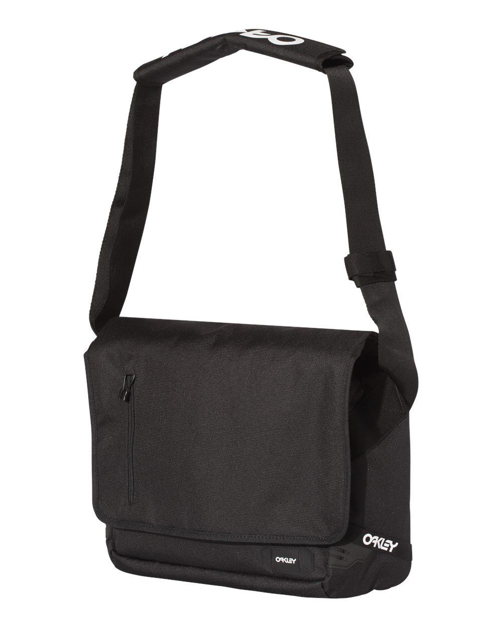 Oakley 921452odm 15l Street Messenger Bag