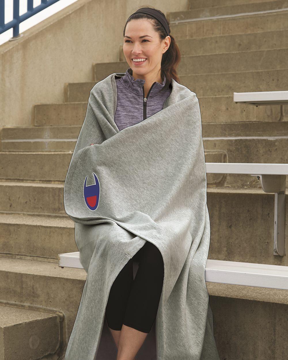 Champion RW47 - Reverse Weave Stadium Blanket