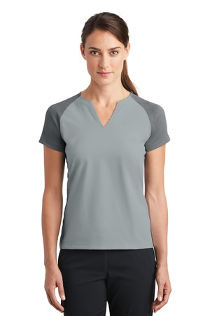 Nike Golf 838960 - Ladies Dri-FIT Stretch Woven V-Neck Top