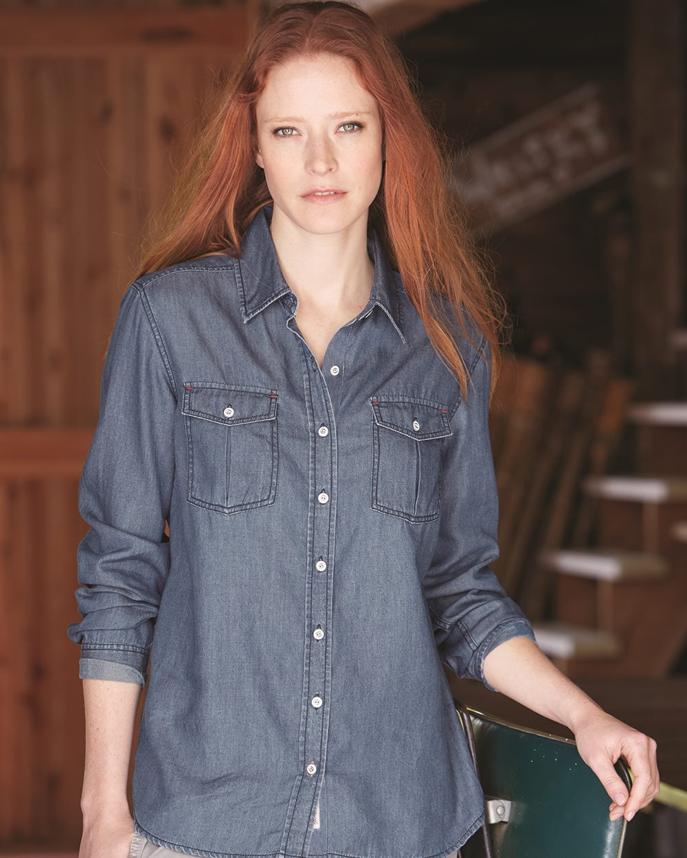 Weatherproof W154695 - Vintage Women's Denim Long Sleeve Shirt