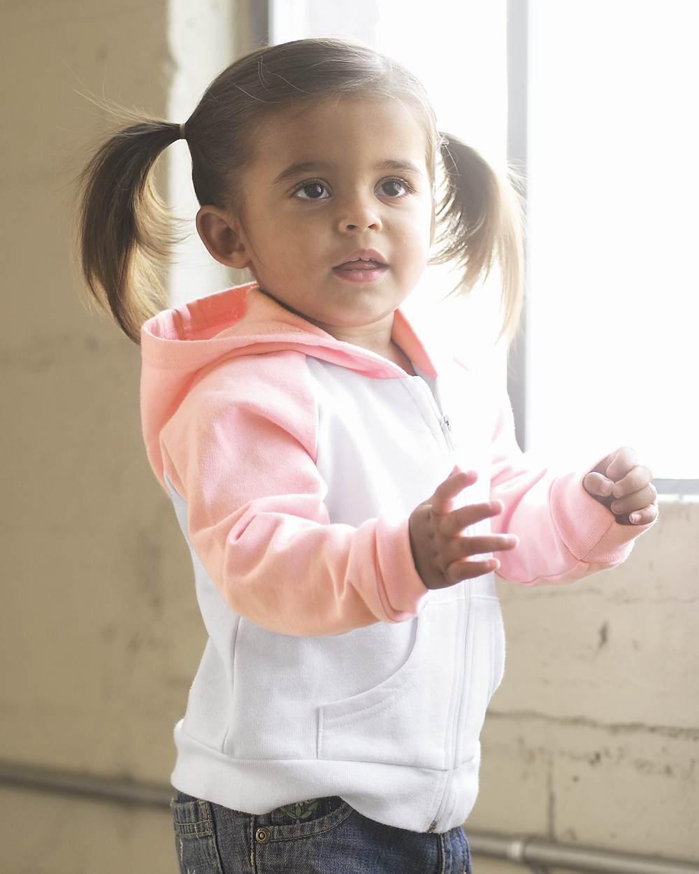 Bella 110 baby fleece two-tone raglan hooded sweatshirt