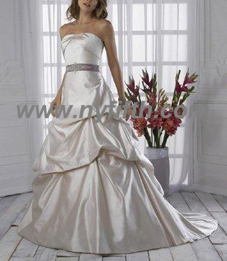 Custom Wedding Dress 16666