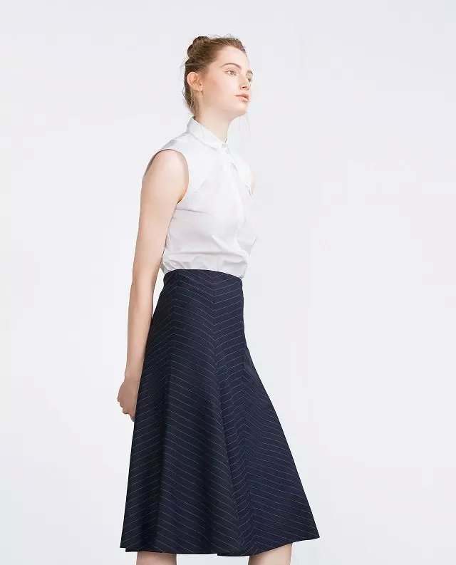 Fashion women elegant vintage blue striped print Mid-...