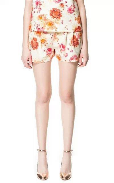 Fashion Women Elegant floral print Zipper pocket casual brand design Shorts