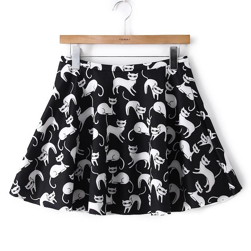 Vintage Black Print Pleated Mini Skirt